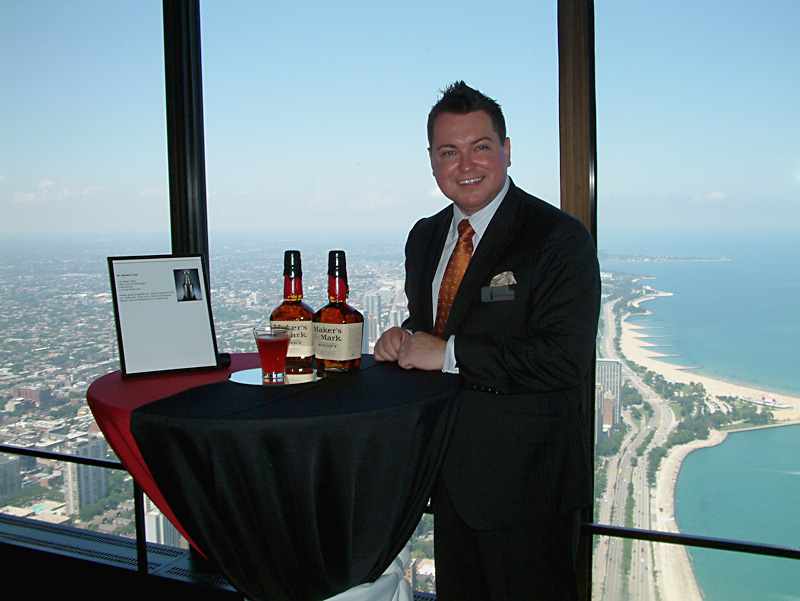 General Manager Daniel Thomas and the signature Lord Stanley's Cup drink